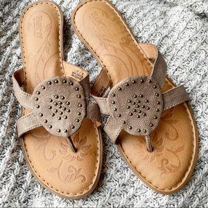 Born thong sandals sz 10